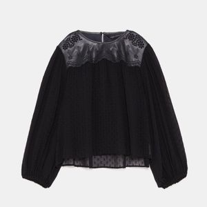 CONTRASTING DOTTED MESH BLOUSE COLLECTION size S